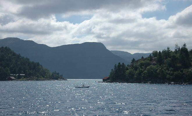 Barca en Lysefjor