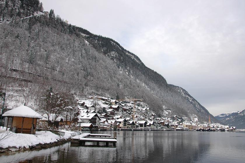 Bella postal del pueblo más bonito de Austria