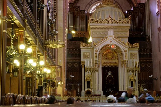 Interior de la Sinagoga