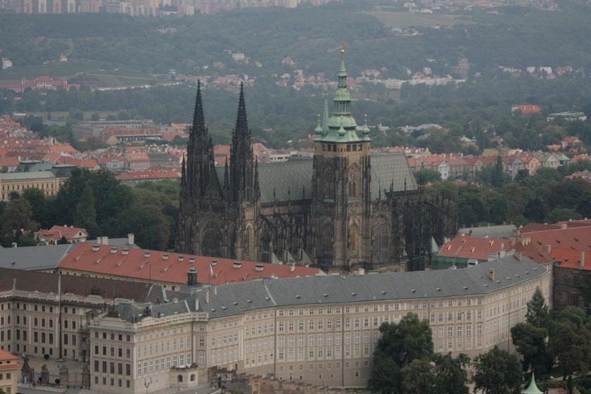 Catedral vista desde la torre de Petrin