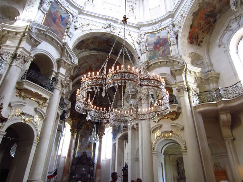 Lámpara de araña de la Iglesia