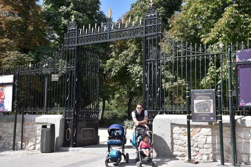 Comenzamos nuestro día en el Parque del Retiro