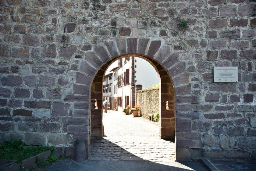 Puerta de Saint Jacque
