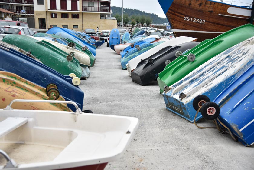 Detalle de las barcas en Hondarribia