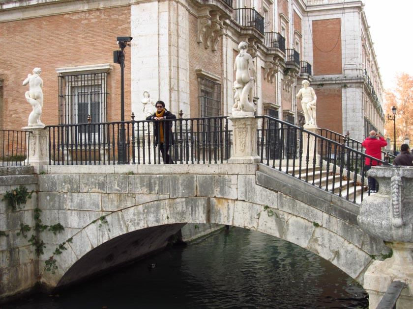 Puente del jardín