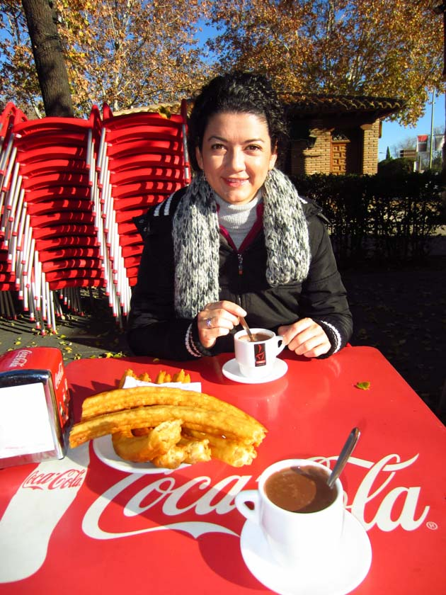 Comiendo chocolate con churros