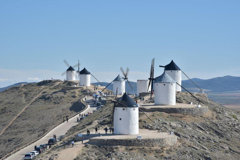 Bonita vista de los molinos vistos desde el castillo de Consuegra