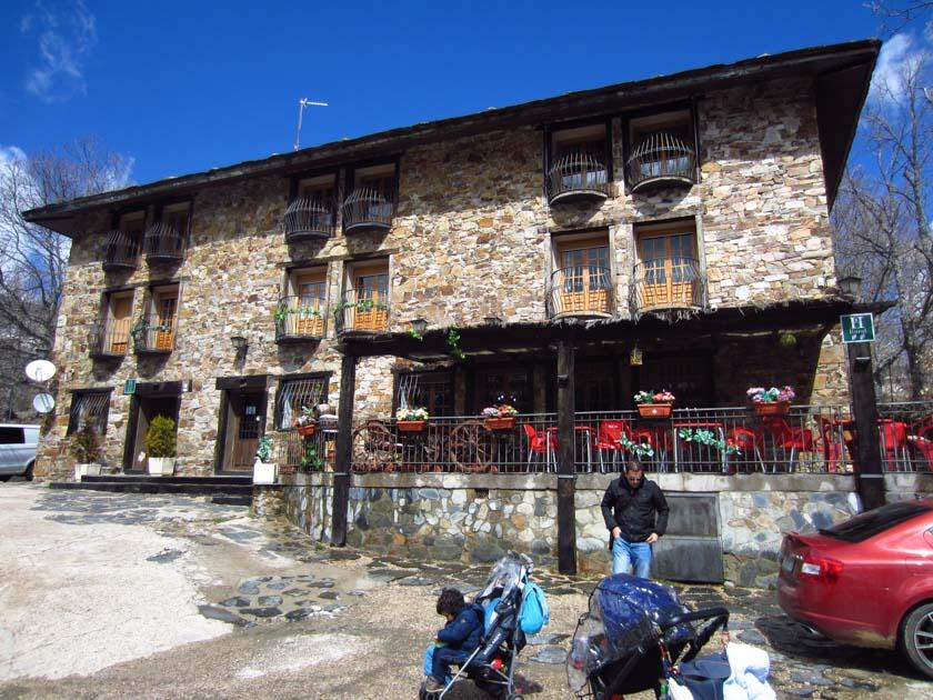 Restaurante en Valverde de los Arroyos