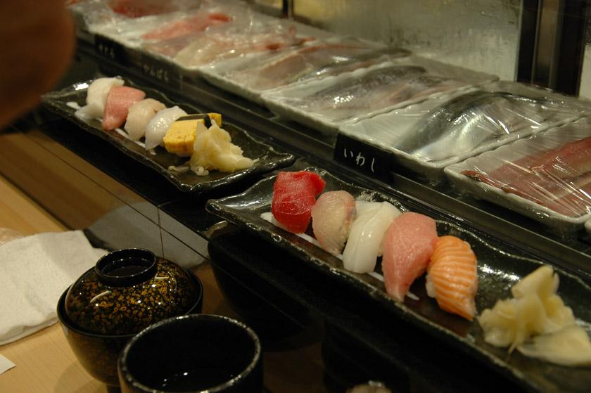 Primer contacto con el delicioso sushi japonés