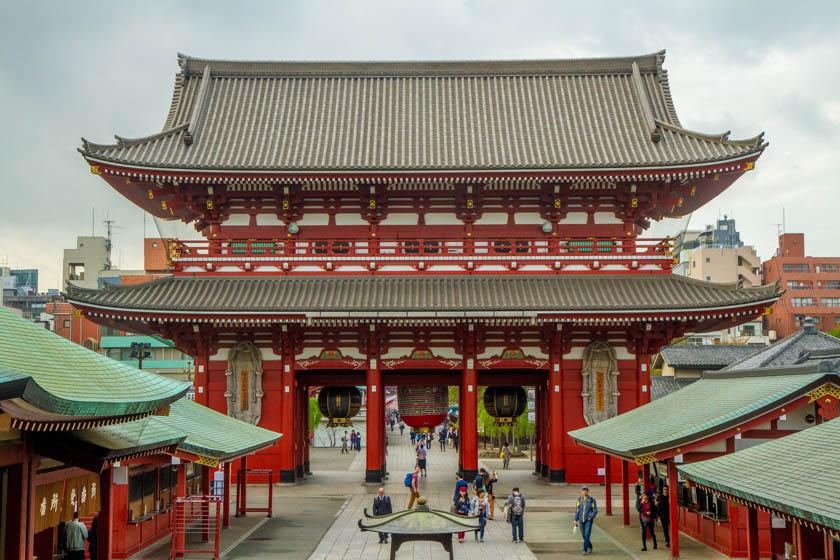 Puerta Hozomon del templo Sensoji