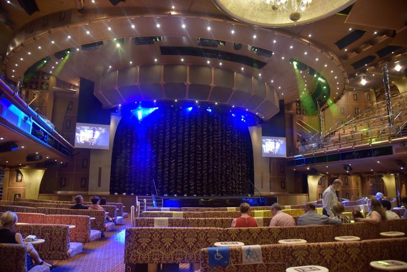 El teatro del Costa Mágica nos encantó!!
