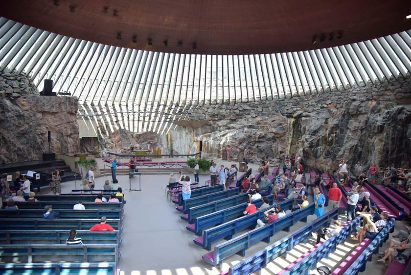 Interior de la Iglesia de Piedra