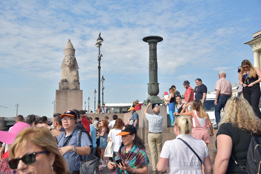 Visitando el Muelle de las Esfinges