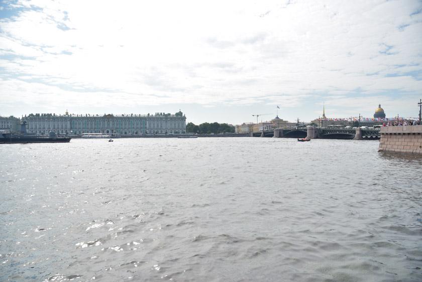 San Petersburgo desde las columnas rostrales