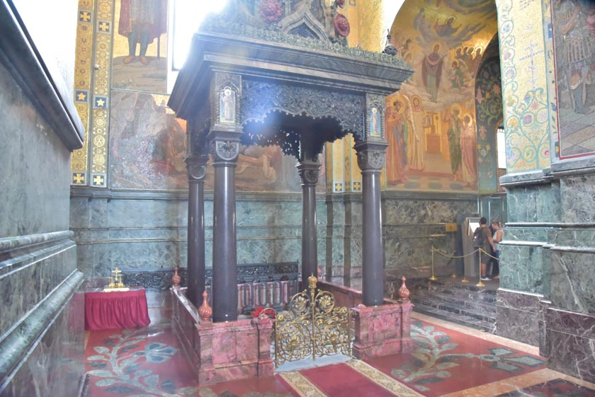 Justo aquí fue asesinado el zar Alejandro II