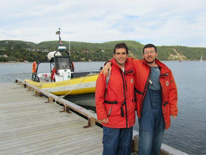 Alberto y yo listos para ver las ballenas de Tadoussac