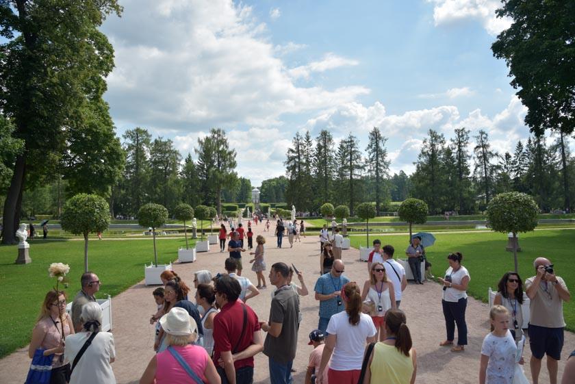 Paseando por el palacio de Peterhof