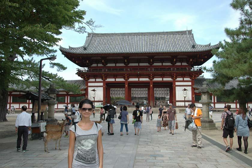 Puerta mejor conservada en Todaiji