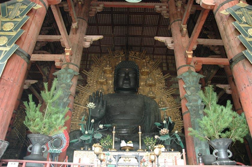 Impresionante Buda en Todaiji