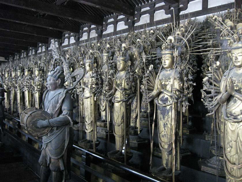 1001 estatuas de la diosa Kannon