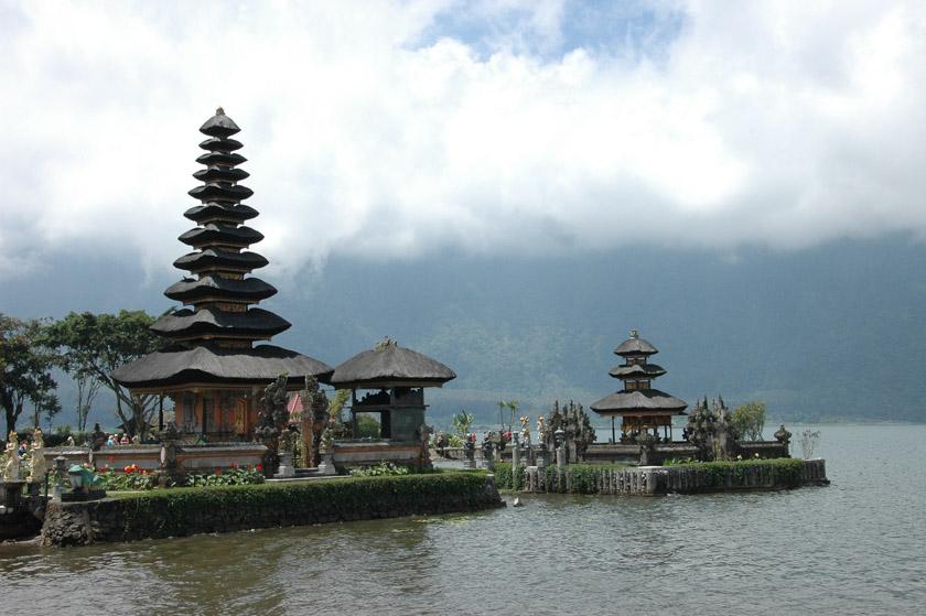 Visitando uno de los templos más conocidos de Bali