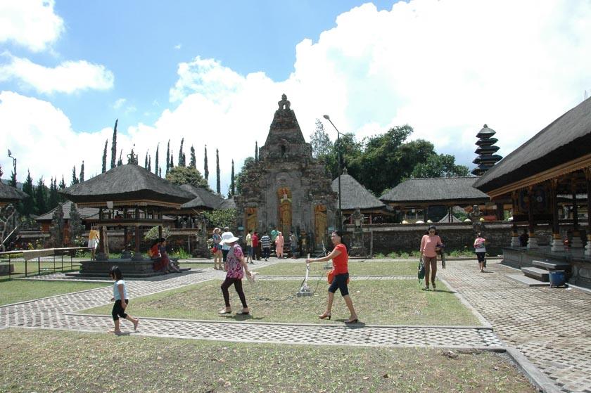 Uno de los recintos de Ulun Danu
