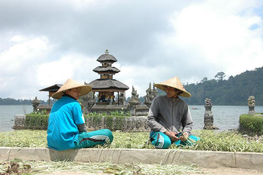 Campesinos en Ulun Danu