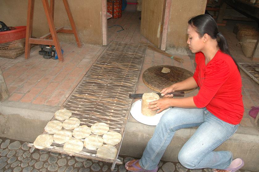 Nos enseñaron cómo se hacen las tortitas balinesas