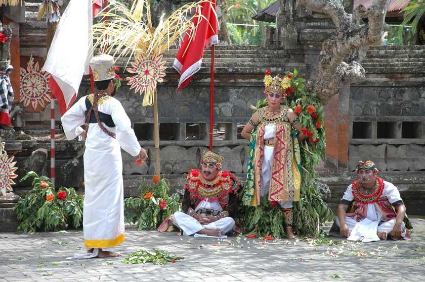 Nos encantó esta danza balinesa