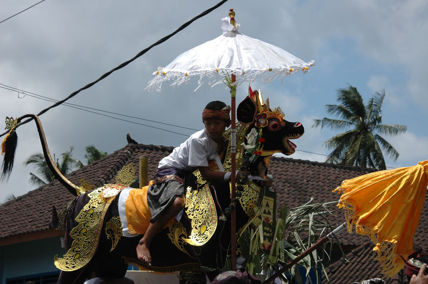 Curiosa tradición la de los balineses