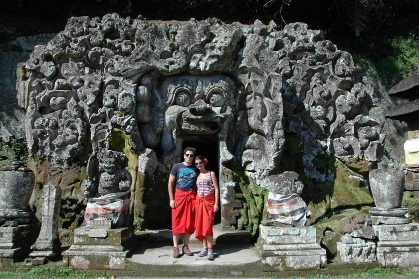 Entrada principal de la cueva de Goa Gajah