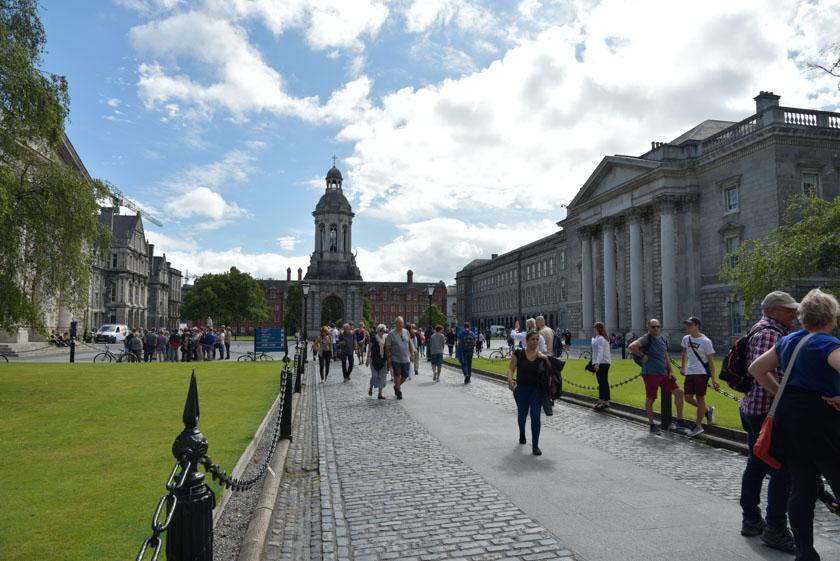 Conocemos la universidad más antigua de Irlanda