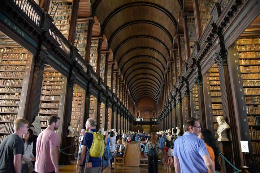 Increíble la Long Room de la biblioteca