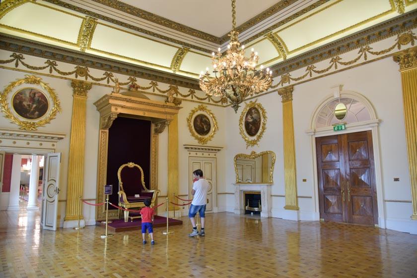 Principal salón del castillo de Dublín