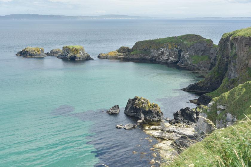 Escarpada costa norirlandesa