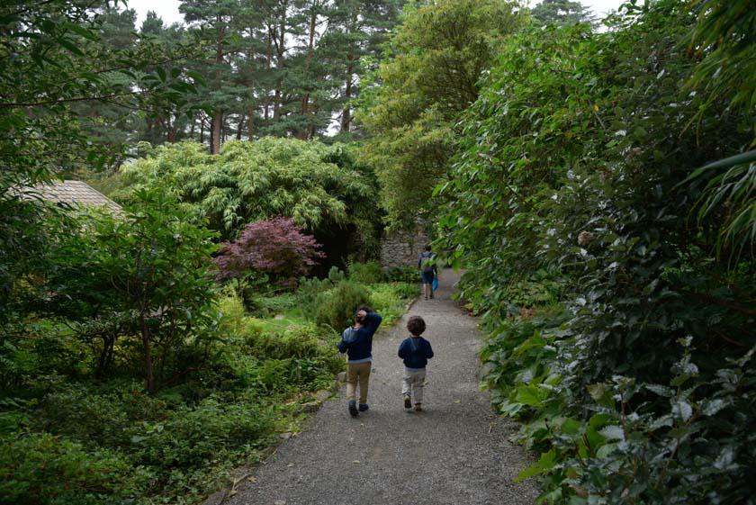Daniel y Hugo camino del lago Beagh
