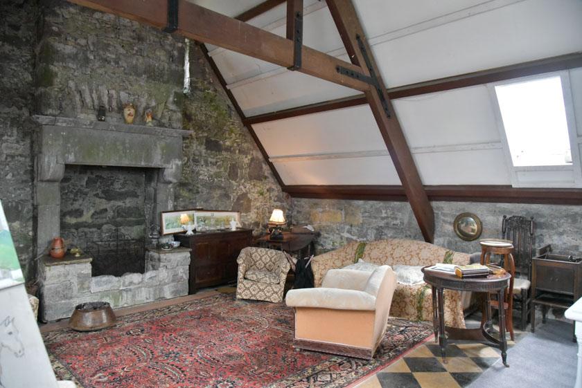 La coqueta sala de estar del castillo