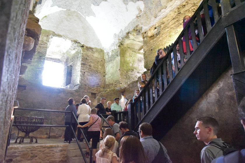 Interior del castillo de Blarney