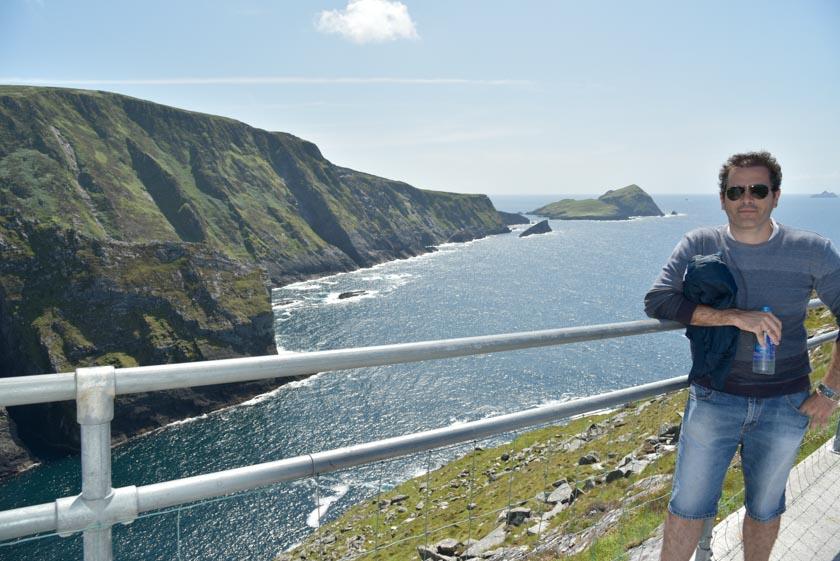 Enamorado de los acantilados de Kerry