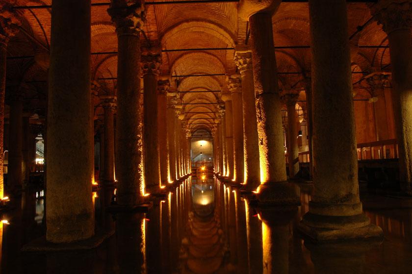 Interior de la Cisterna Basílica
