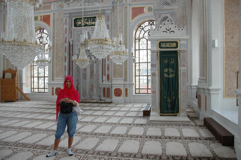 Tremendo interior de la Mezquita de Ortaköy