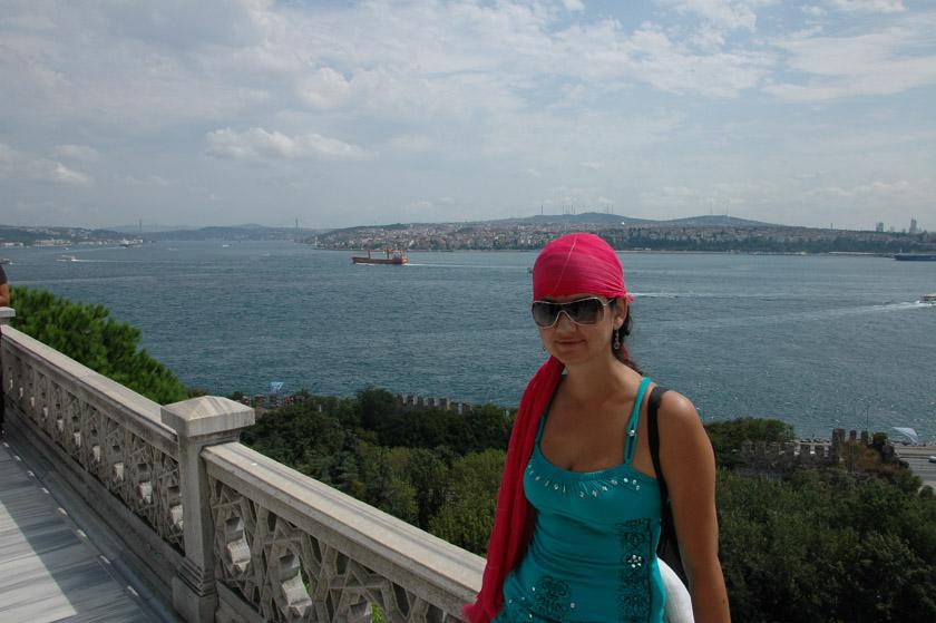 Admirando el Bósforo en Estambúl