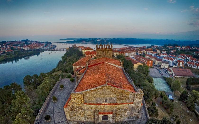 Preciosa vista de San Vicente de la Barquera