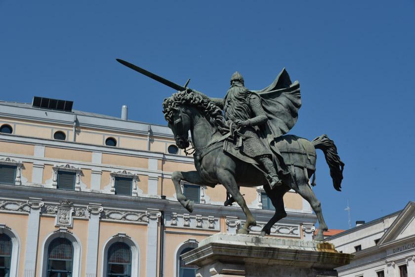 Preciosa la estatua del Cid Campeador