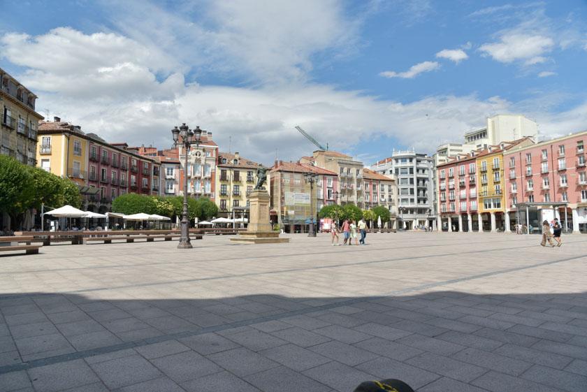 La Plaza Mayor de Burgos es uno de los rincones más encantadores de la ciudad